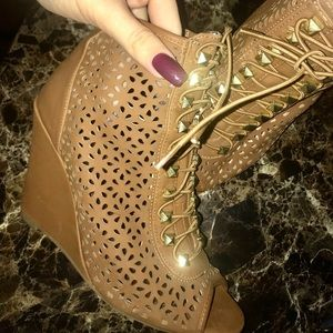 Shoes - Lace up wedge booties